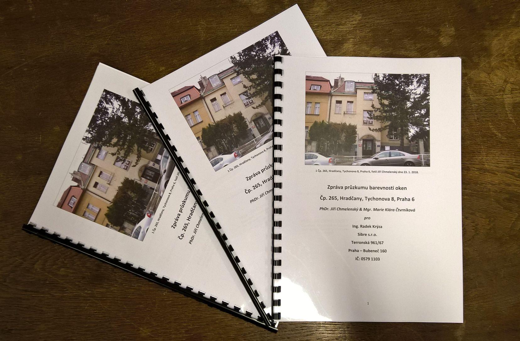 Zpráva z průzkumu barevnosti oken (Hradčany)