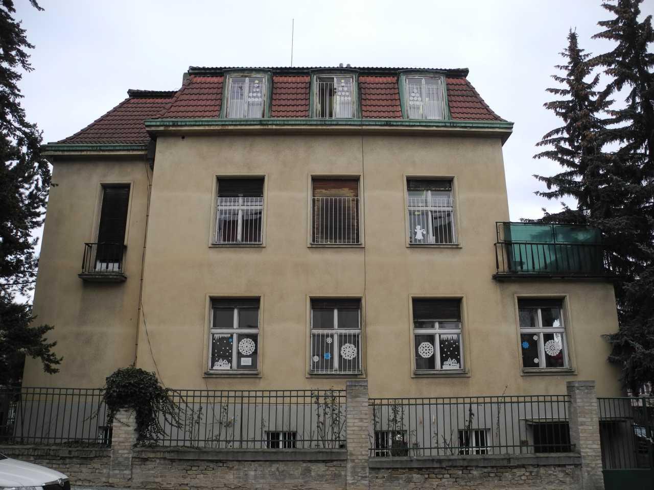 Průzkum barevnosti oken – MŠ Tychonova čp. 265/8, Hradčany