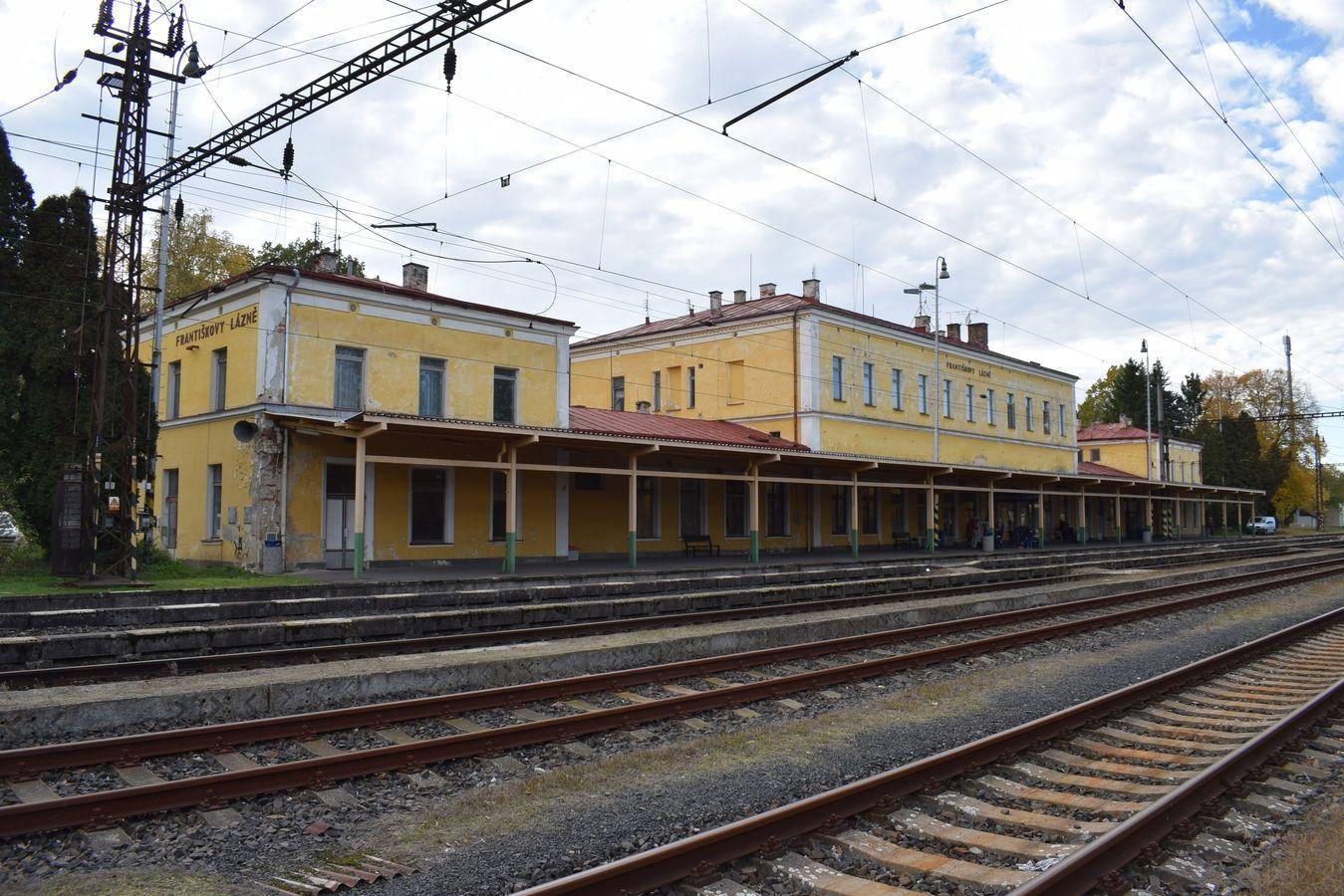 Stavebně historický průzkum výpravní budovy železniční stanice Františkovy Lázně